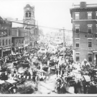 Crowd &amp; Traffic In Square. 1912.<br /><br />