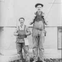 Long & Short Comedy  Pose Shorty Smith & ?