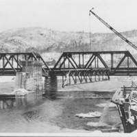 Building Spillway Bridge. 1927-1928